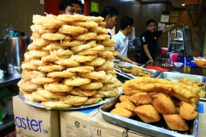 Pastry-Tower-Burmese